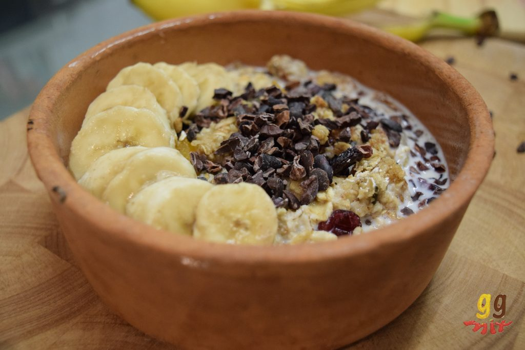 banana and cacao granola4
