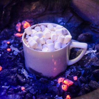 THE BEST HOMEMADE HOT CHOCOLATE EVER!