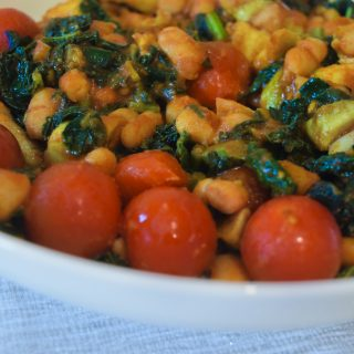 WARM CANNELLINI BEAN SALAD – 10 MINUTE RECIPE